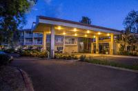 Welcome to Best Western Plus Garden Court Inn