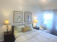 One Queen Bedroom Suite with Full Kitchen